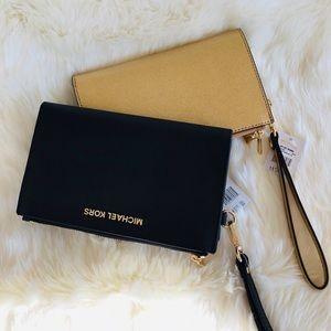 Michael Kors Bags - 🌹💕2 Michael Kors double zipper Bundle💕🌹